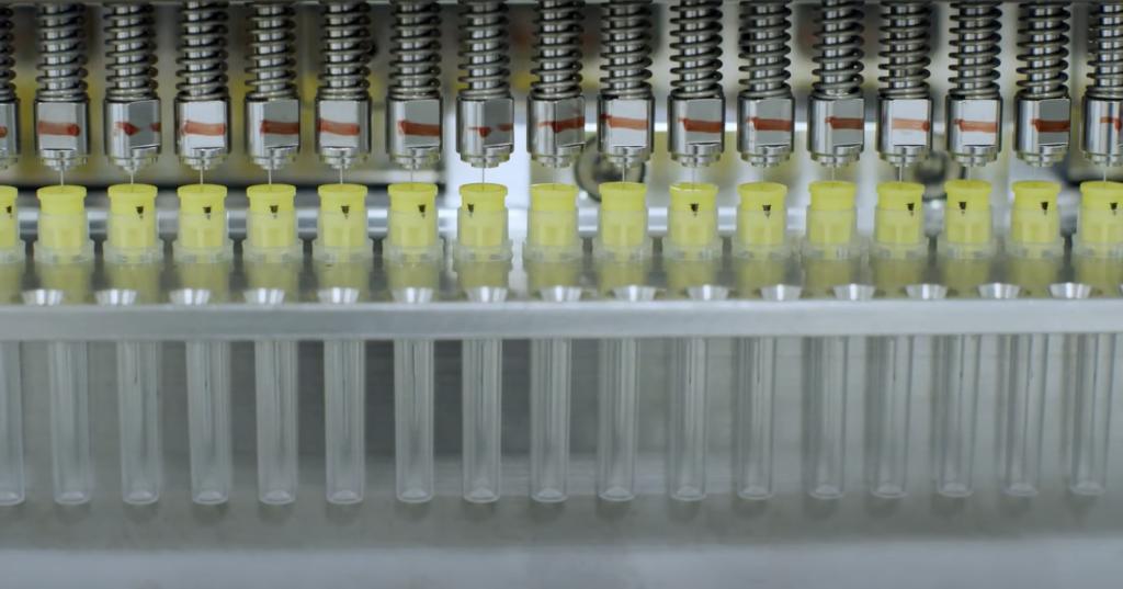 Tecnofar Automation assemblaggio particolari plastici